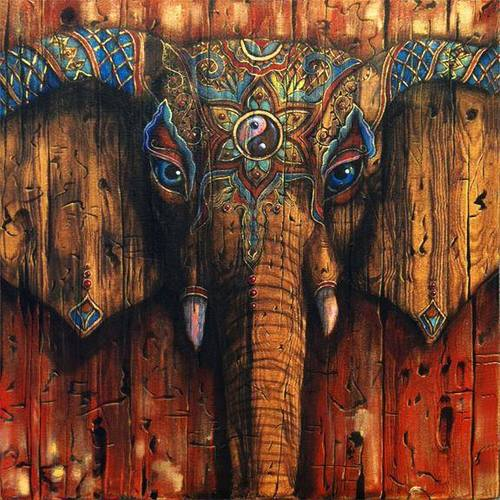 Wooden elephant for Trippy house music